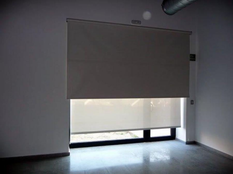 Estors Enrotllables Interior doble cortina decorativa i opaca